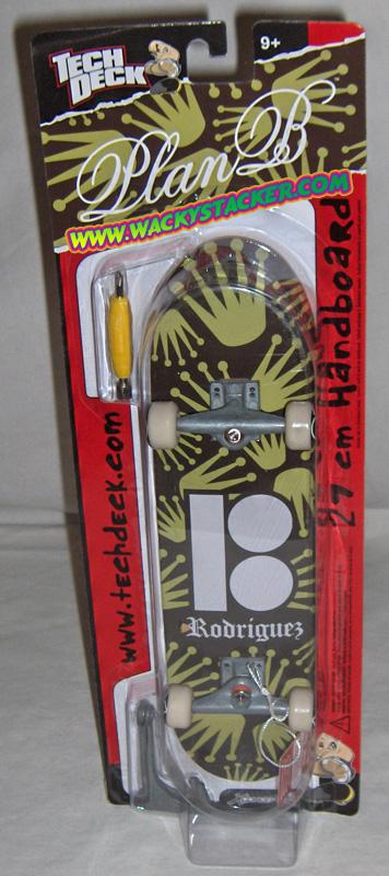Tech deck handboards fingerboards skateboards skateparks